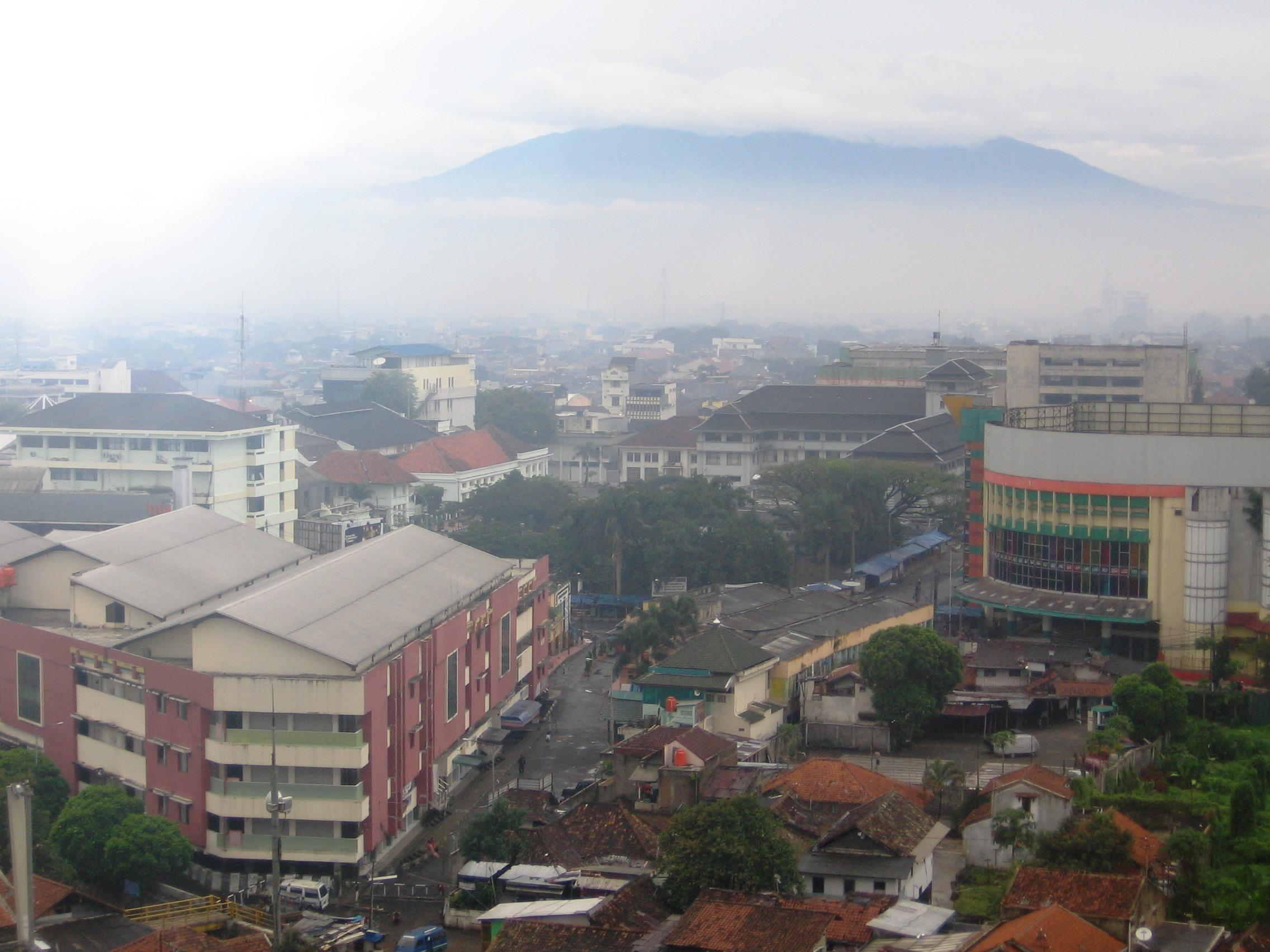 Bandung, Parisj van Java   Asambackpacker01's Blog