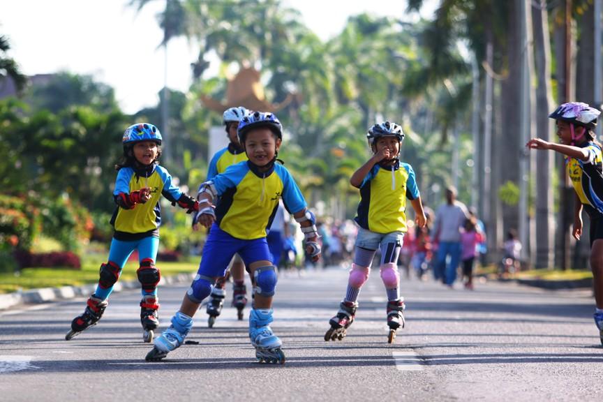Realisasi Wisata Family Day 1-3 Juni 2012 di Batu Malang ... bd50f20b69