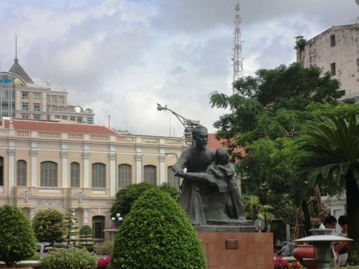 Patung HCM
