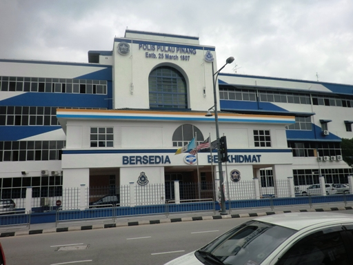 6.kantor polisi