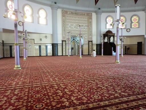 7.interior masjid terapung