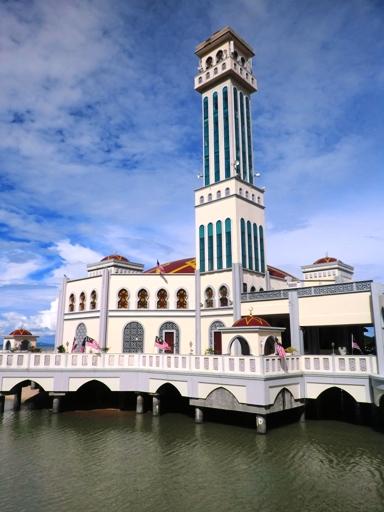 7.masjid terapung