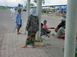 Ibu ibu Lombok