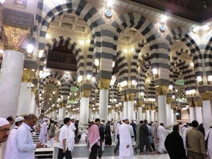 3 dalam masjid nabawi