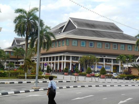 bwn mall yayasan
