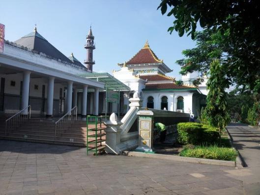 plm_masjid agung palembang