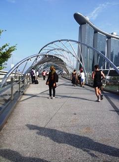 1 jembatan helix dan marina bay sand