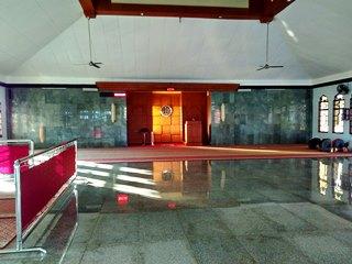 interior masjid@puja mandala