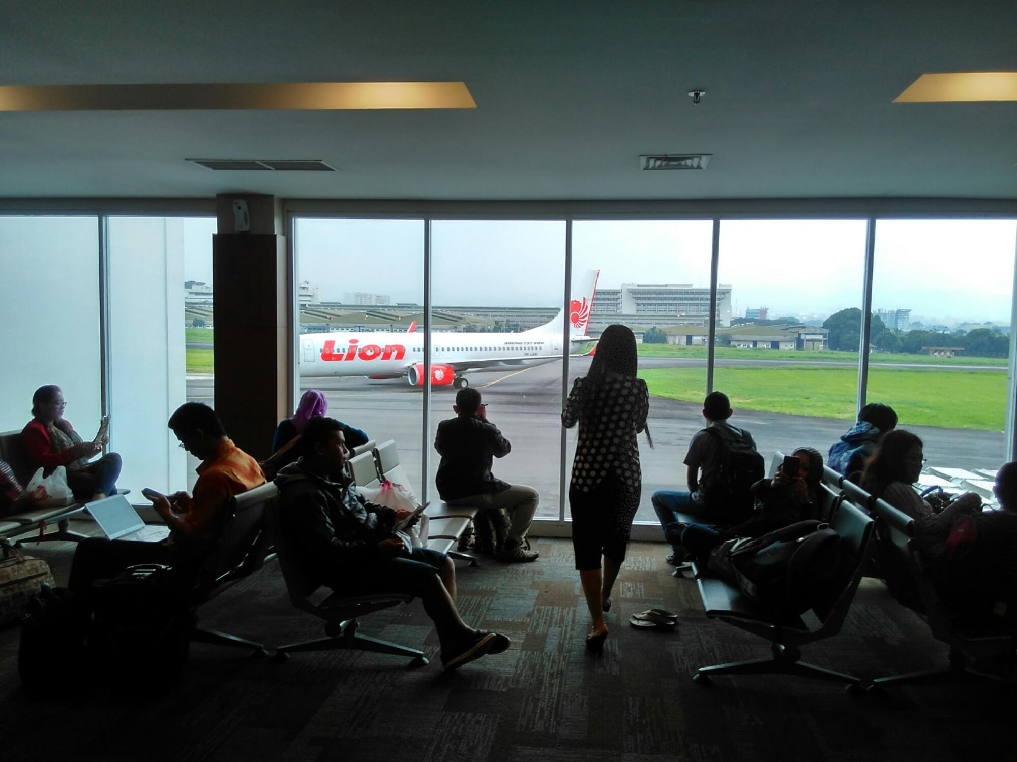 terminal bandara husein sastranegara | Asambackpacker01's Blog