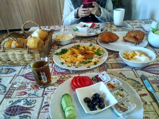 goreme-jasmine-house-breakfast-1st-day