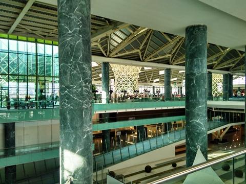 interior-izmir-adnan-menderes-airport