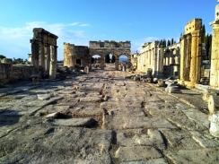 reruntuhan-hierapolis