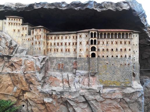 sumela-monastery