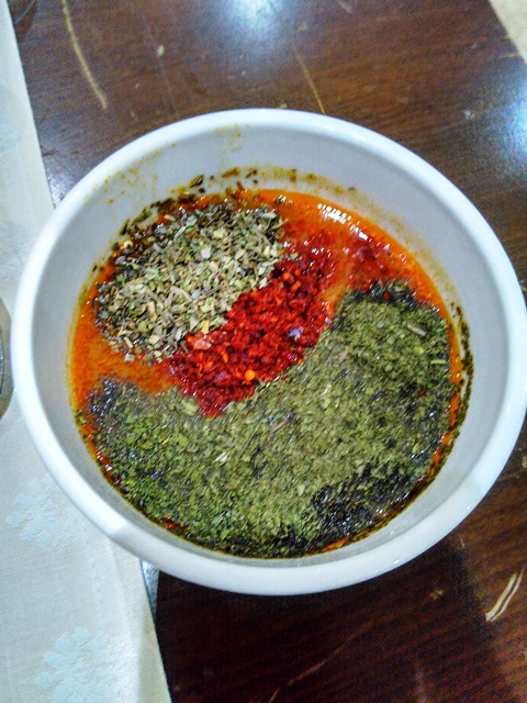 sup-tomat-campur-oregano-mint-cabe-nano-nano-rasanya