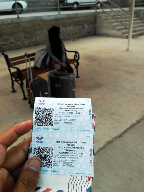 tiket-dan-stasiun-selcuk