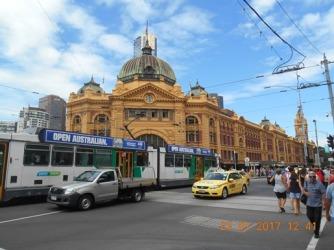 2-flinders-station