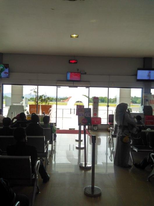 gate 2 Adisucipto B
