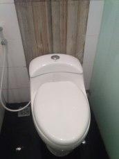 toilet bersih