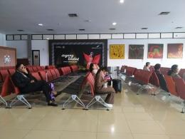 ruang tunggu internasional terminal B adisucipto